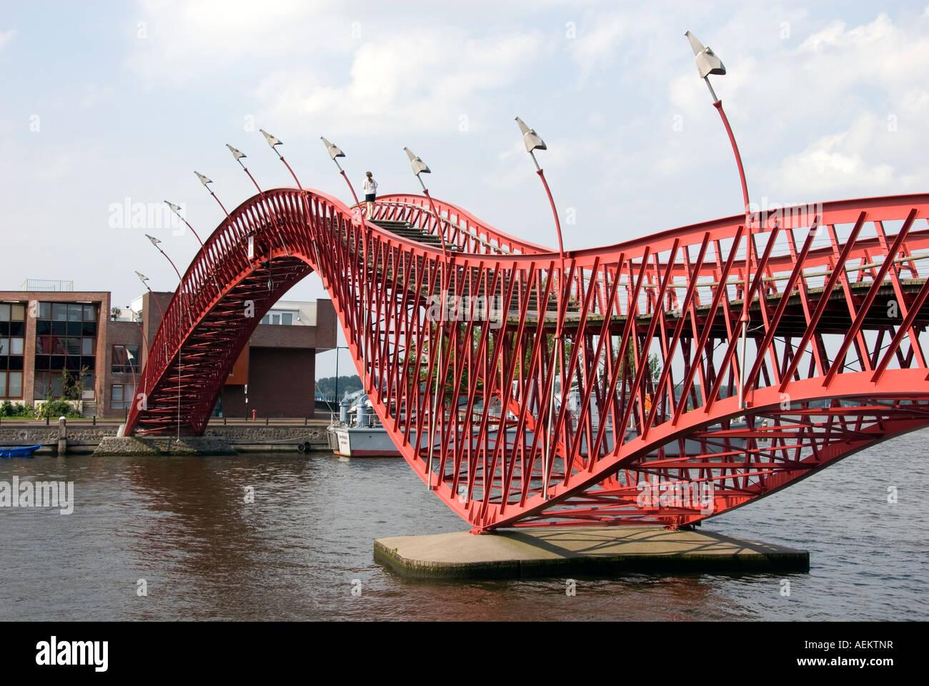 Amsterdam red bridge between Sporenburg and Borneo island design by West 8 constructed by Ingenieursbureau Amsterdam Stock Photo