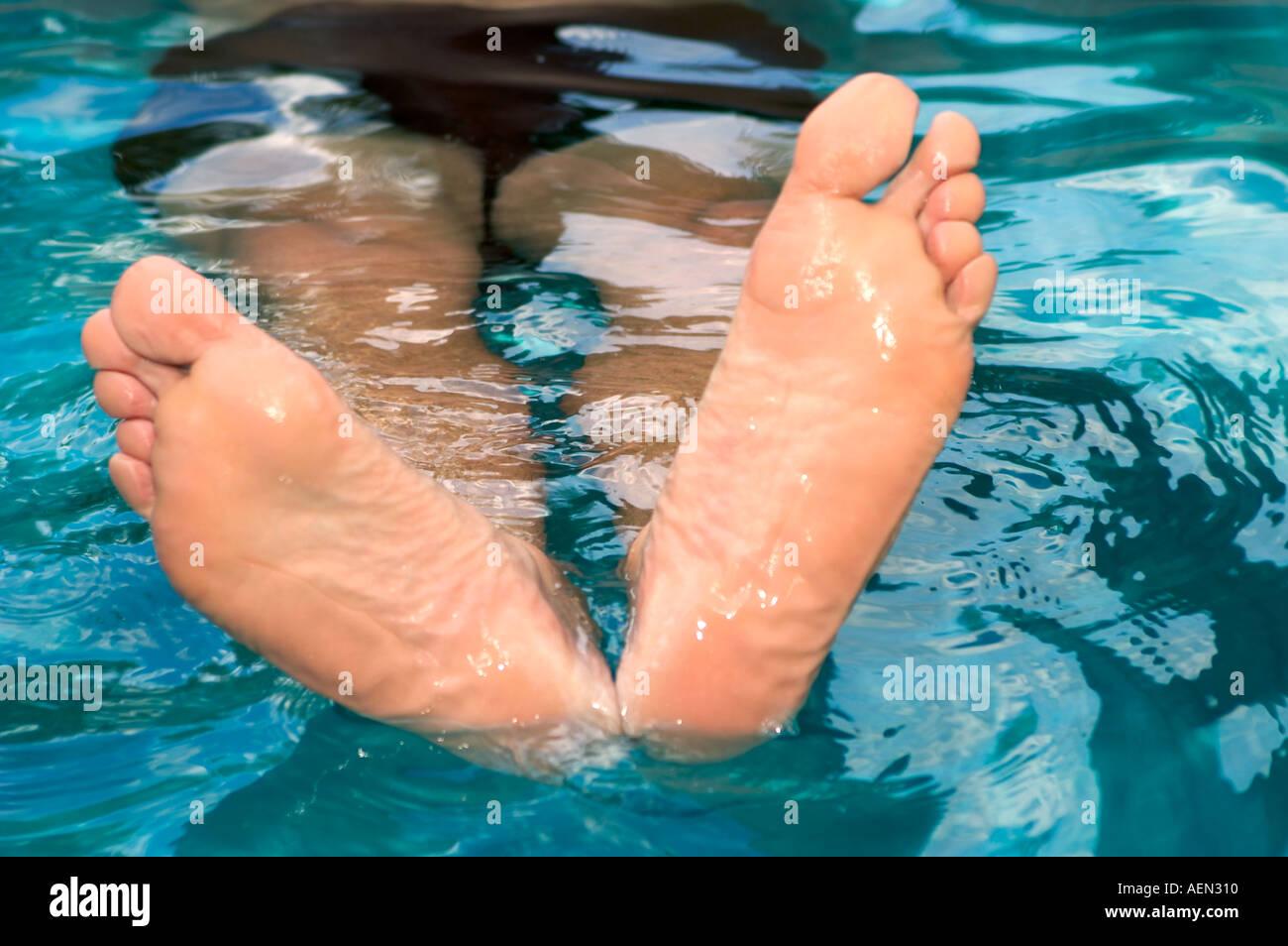 Ad Naked