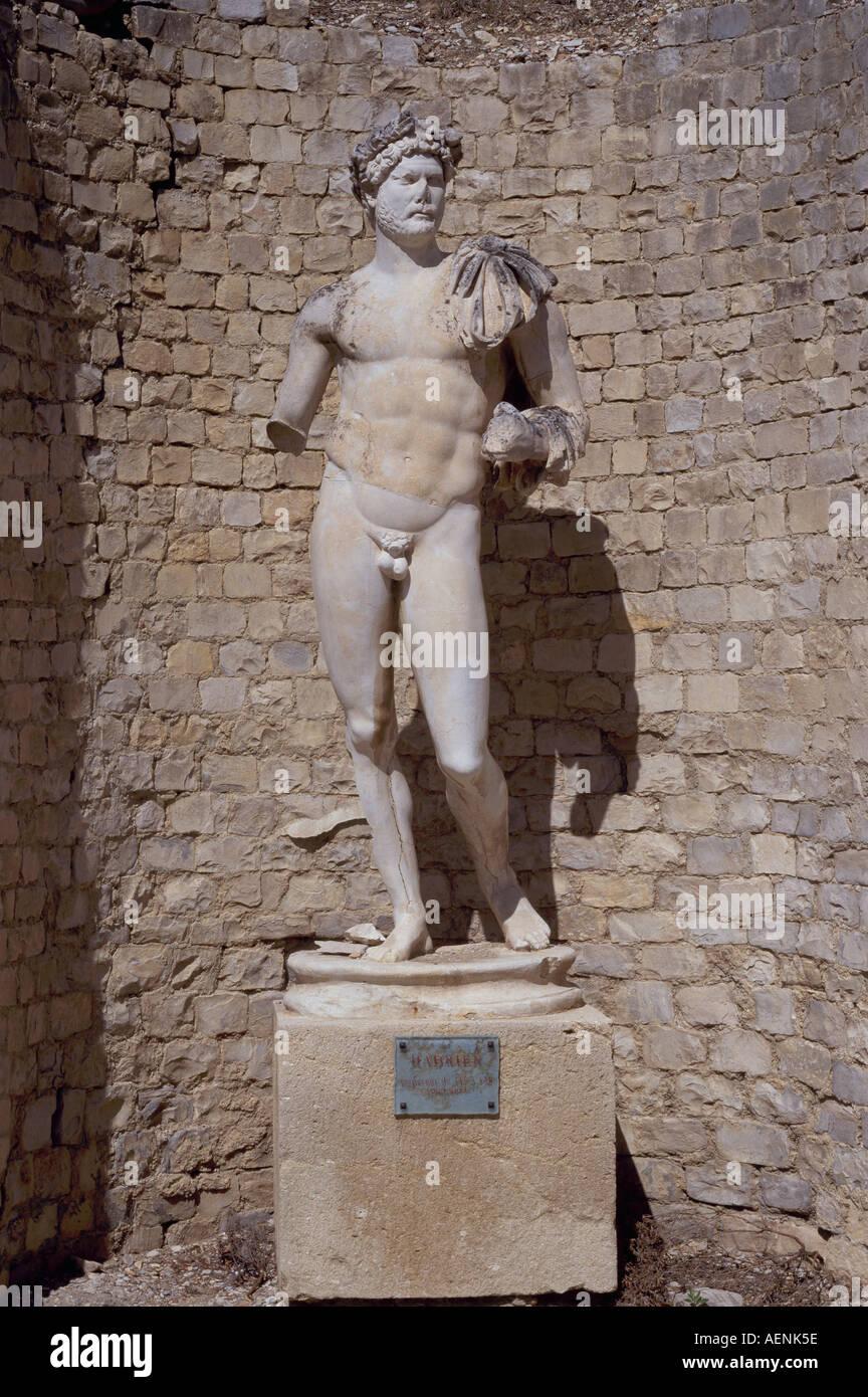 Vaison-la-Romaine, Quartier du Puymin, Römische Statue, Kaiser Hadrian - Stock Image