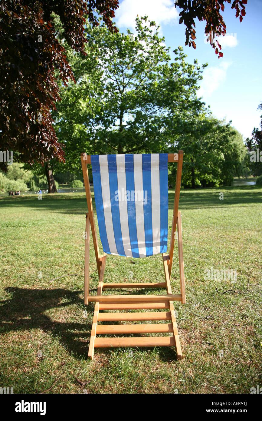 Deckchair St James s park London - Stock Image
