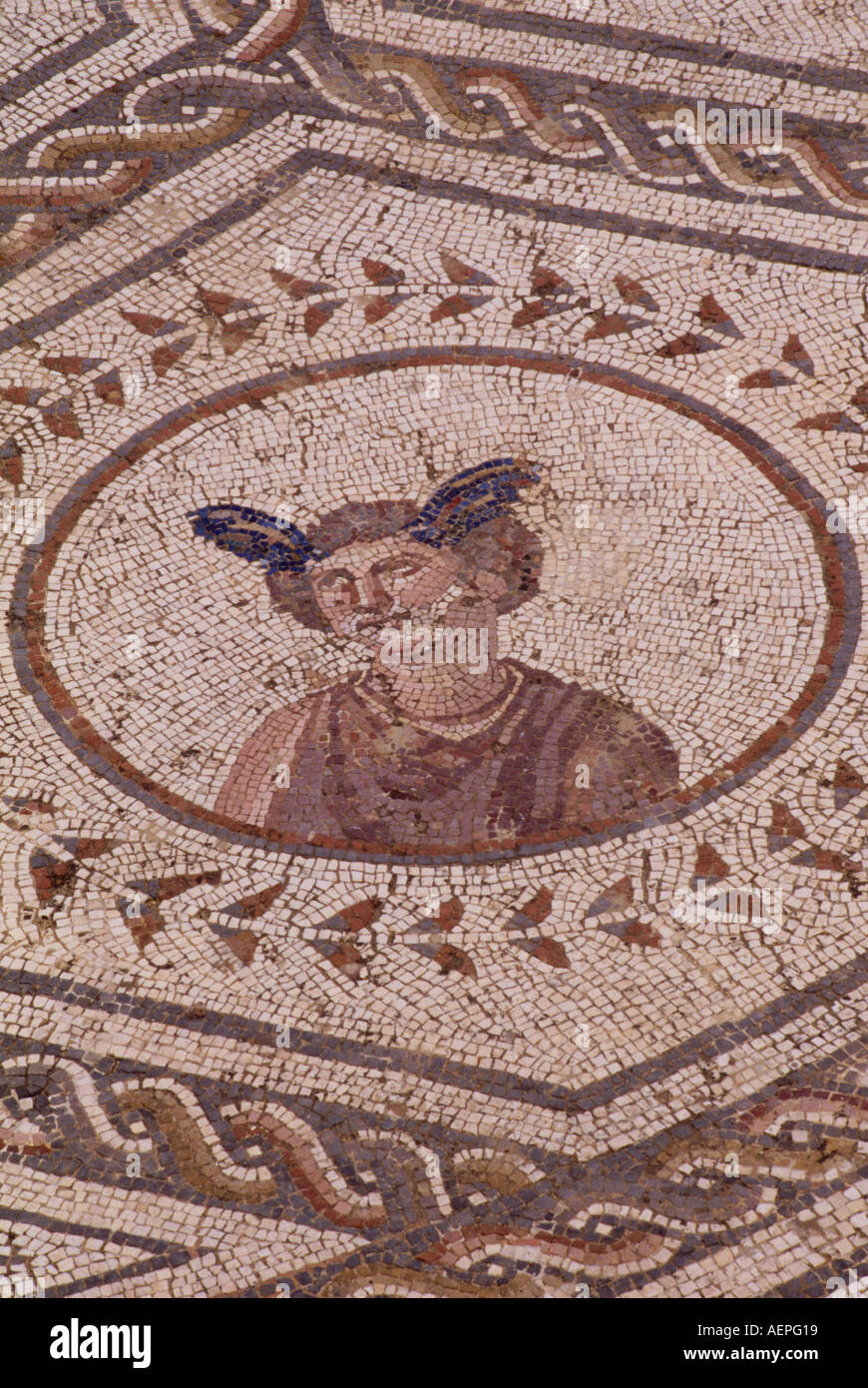 Italica bei Sevilla, Amphitheater, errichtet unter Hadrian, 117-38, Fußbodenmosaik - Stock Image
