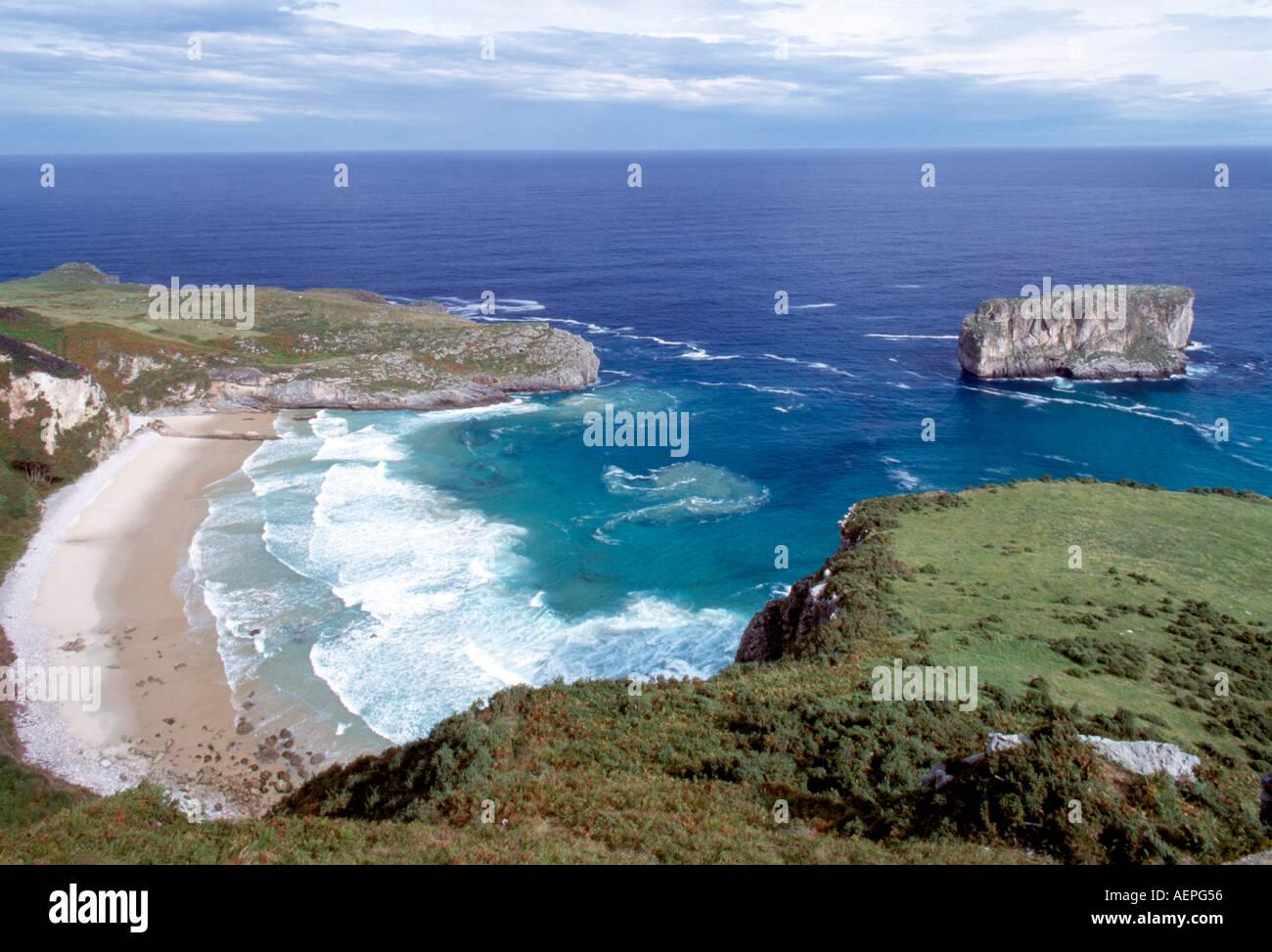 Llanes, Strand von Andrin - Stock Image