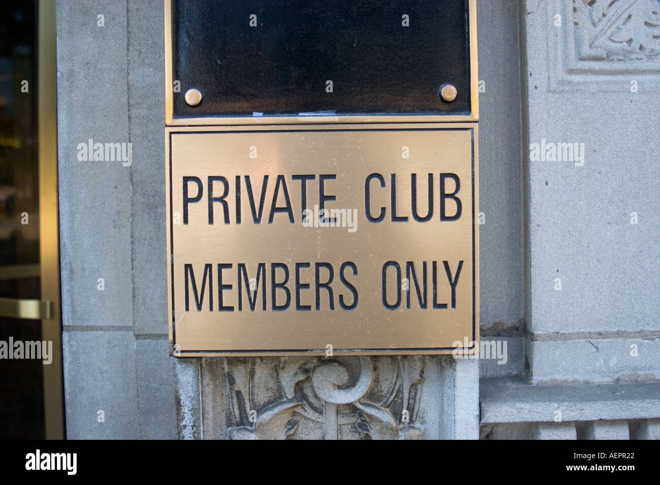 Chicago Illinois A sign at the front door of the Chicago Athletic Association warns non members to keep out - Stock Image