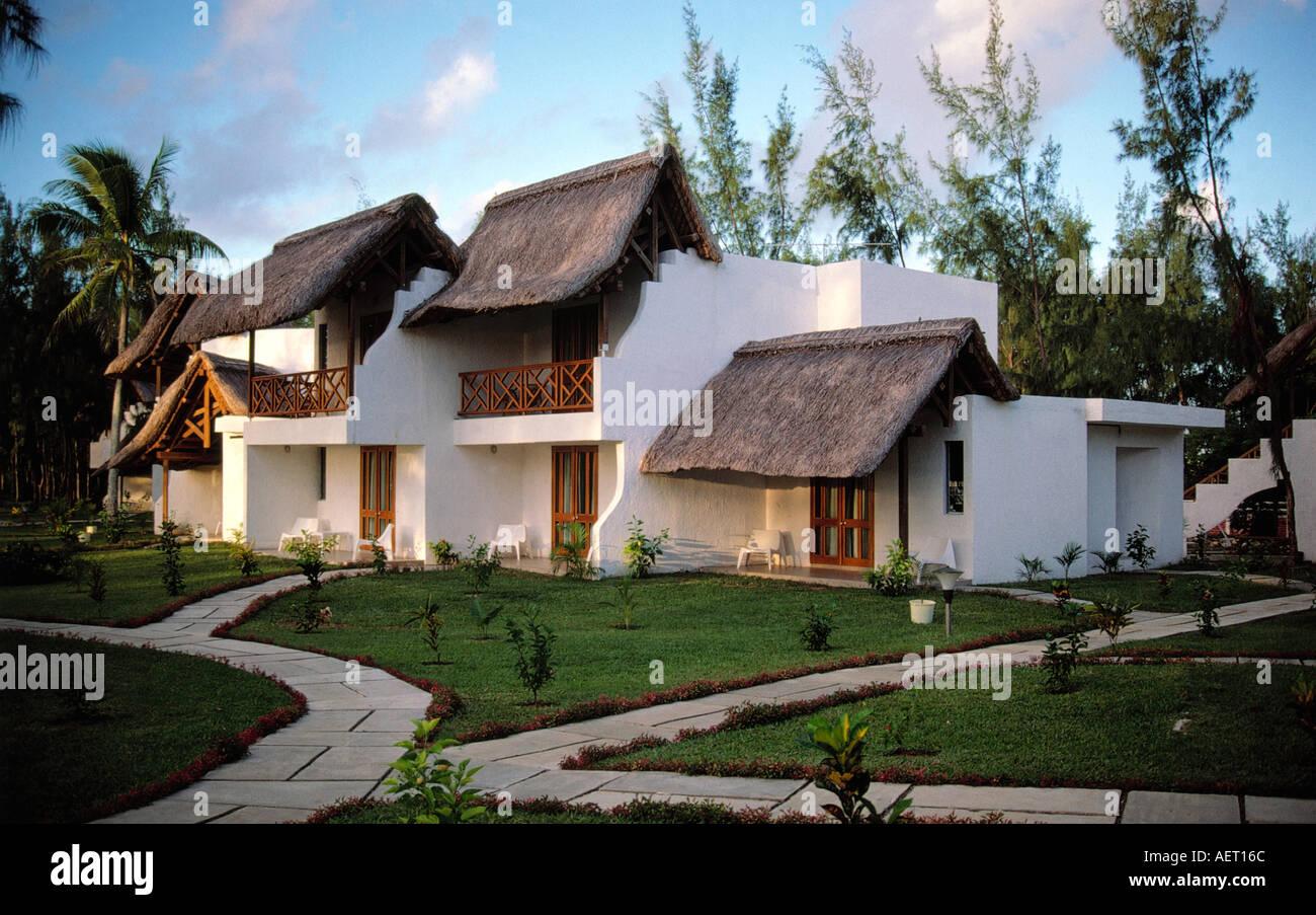 bungalow hotel croix du sud village of mahebourg mauritius editorial ...