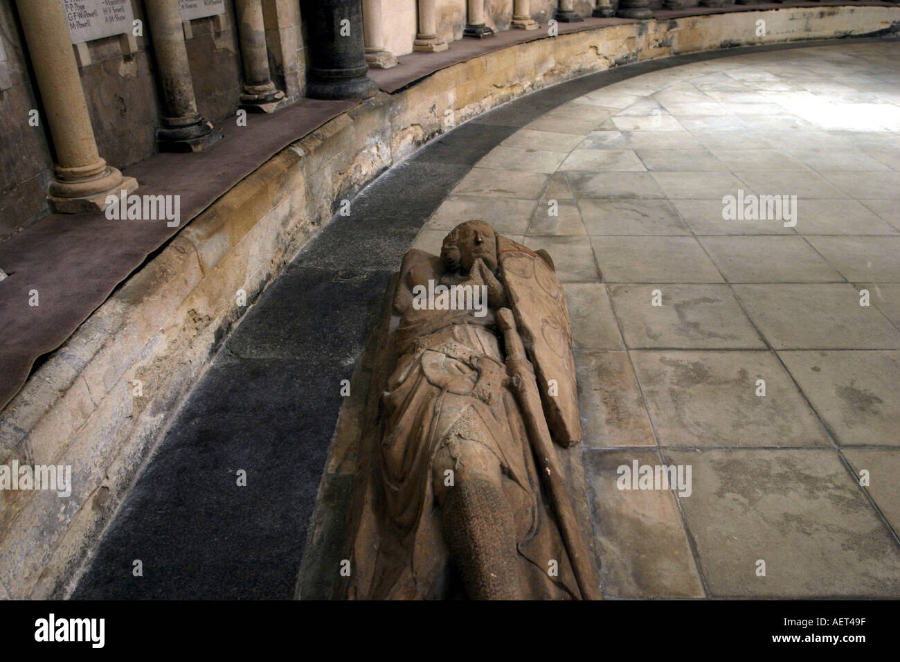 Statue of one of the Knights Templar in the Temple church London England - Stock Image