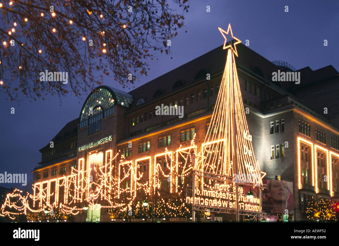 berlin kaufhaus des westens kdw western warehouse christmas lights