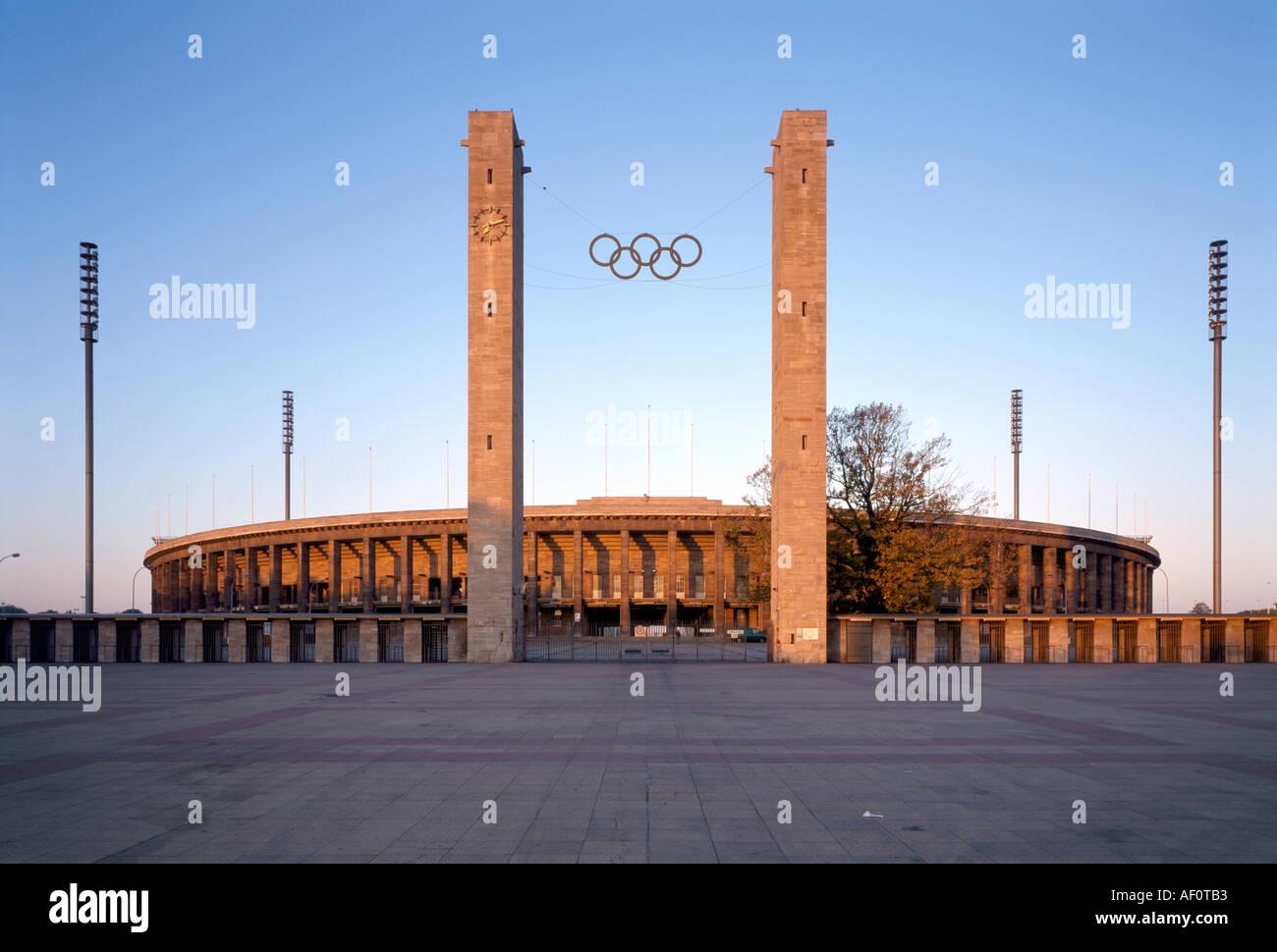 Berlin-Charlottenburg, Olympiastadion, Blick von Osten - Stock Image