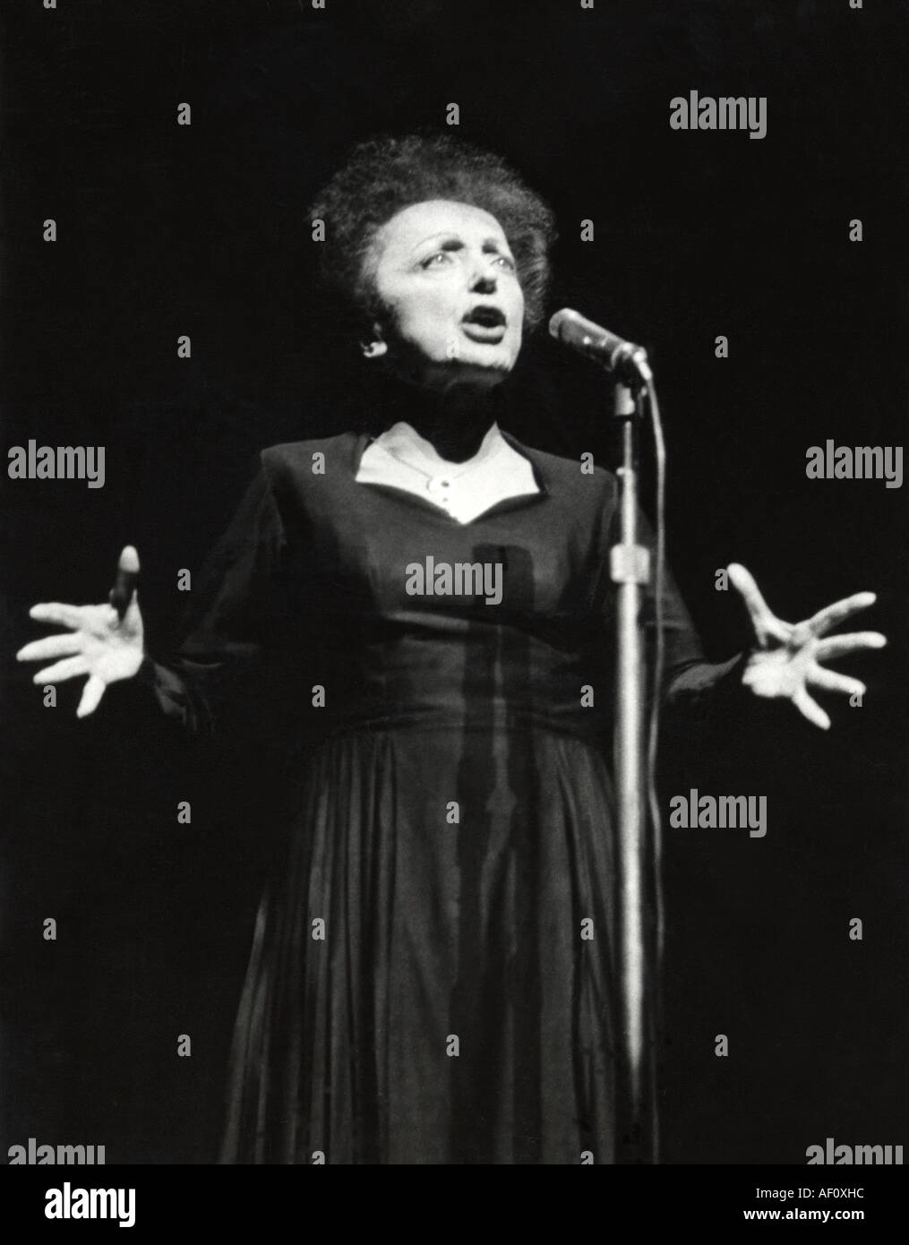 EDITH PIAF French singer about 1957 - Stock Image