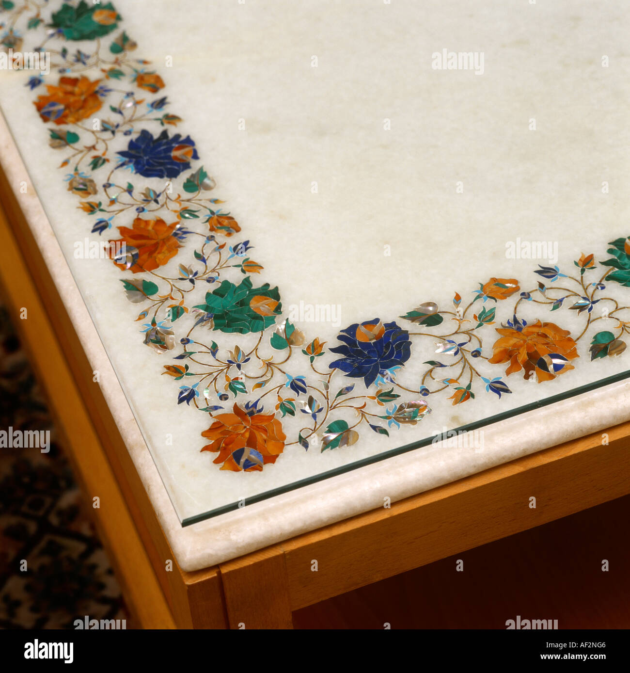 Excellent Marble Table Detail Agra Inlaid With Semi Precious Stones Download Free Architecture Designs Scobabritishbridgeorg