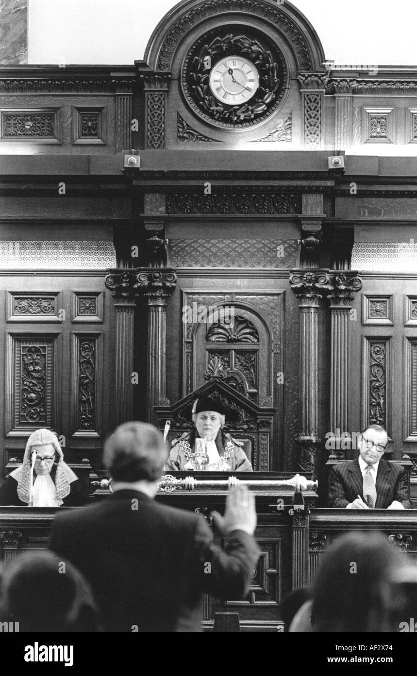 Lord Mayoress and judge in courtroom in Birmingham. - Stock Image