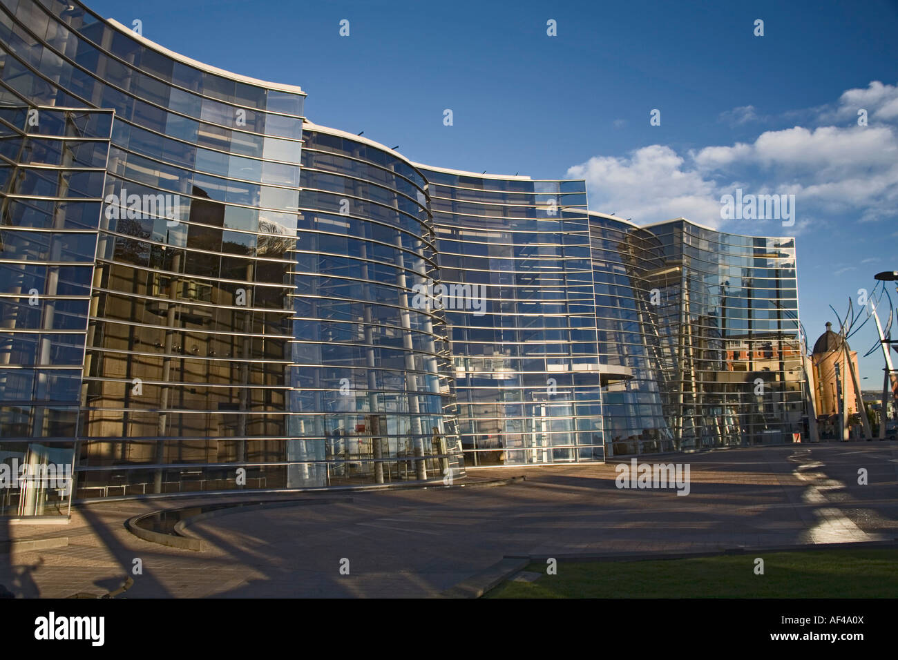 CHRISTCHURCH SOUTH ISLAND NEW ZEALAND May The immense glass and metal Christchurch Art Gallery building - Stock Image