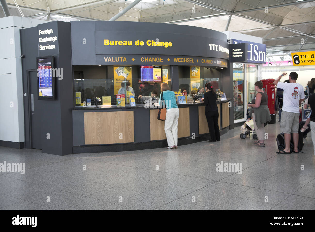 Bureau de change stock photos & bureau de change stock images alamy