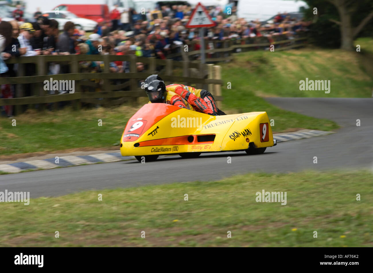 Racing Sidecar Outfit Stock Photos Tt2011 Sidecars Formula 2 Road Image