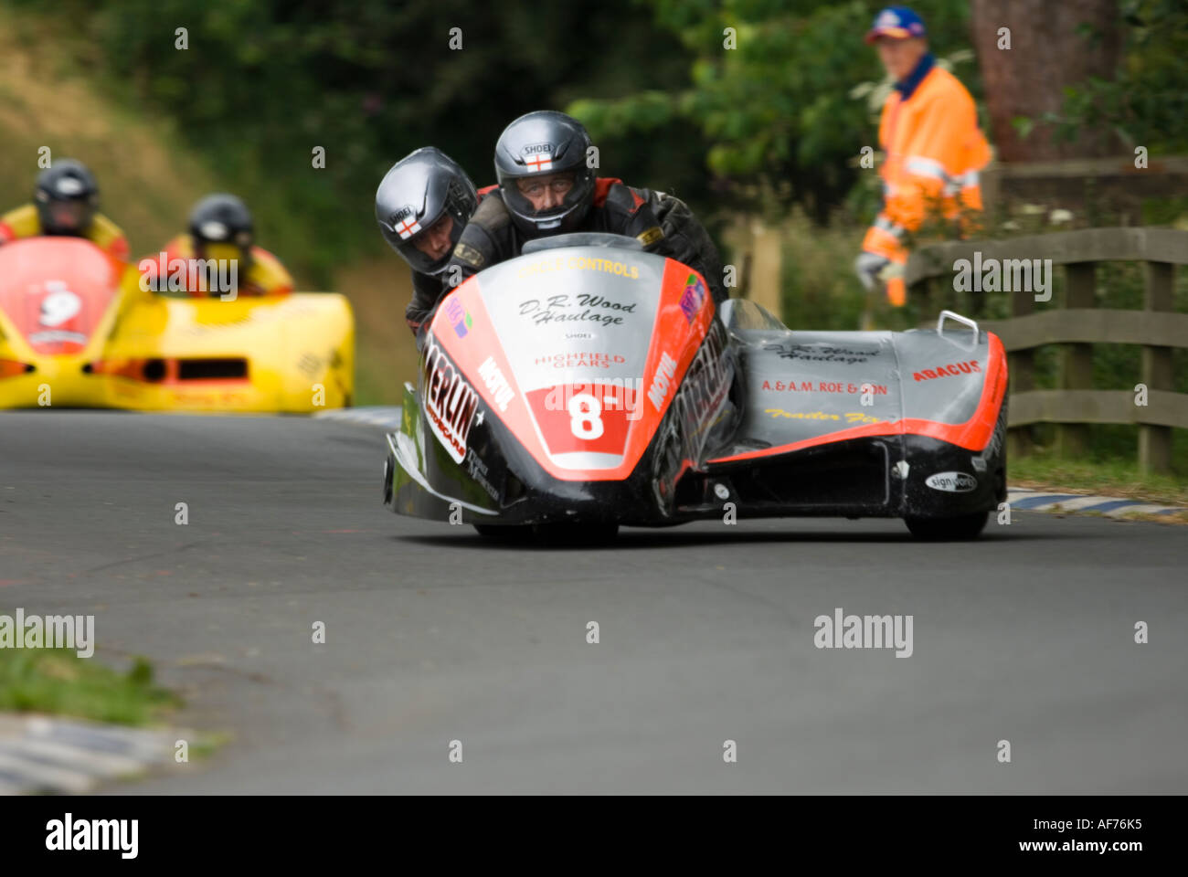 Motorcycle Sidecar Racing Stock Photos Tt2011 Sidecars Tony Thirkell Driver And Roy King In First Place Formula2