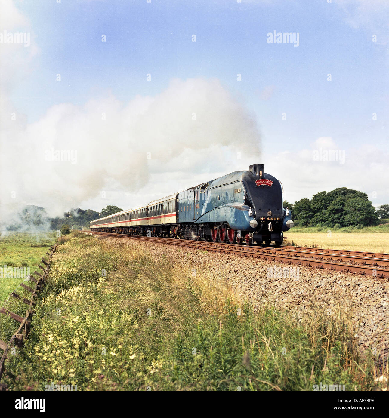 Steam railway train engine A4 Pacific No.4468 Mallard '88 World record holder fastest steam locomotive (achieved 3rd July 1938). - Stock Image