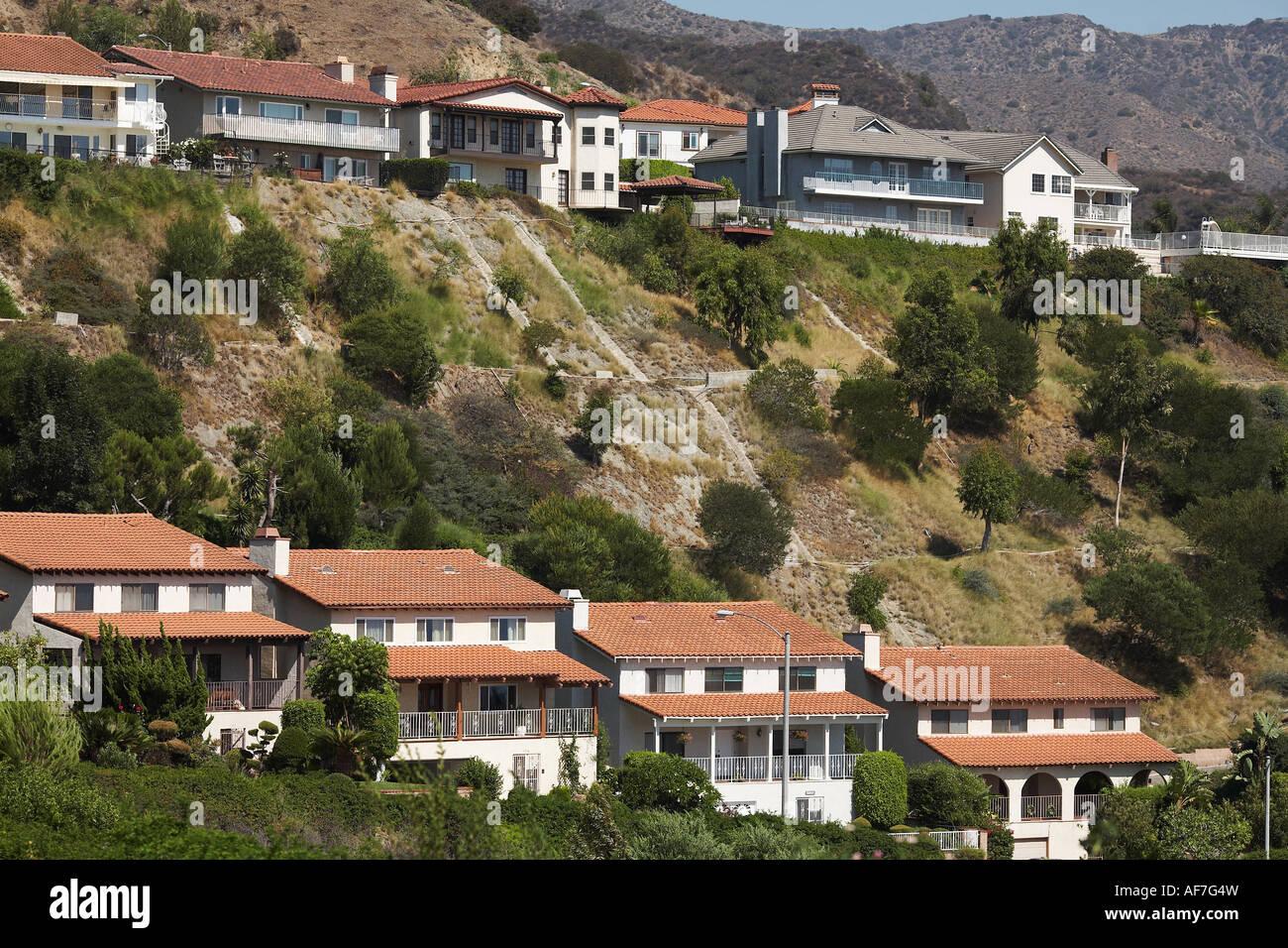 wide lined homes in los angeles hills burbank san fernando valley