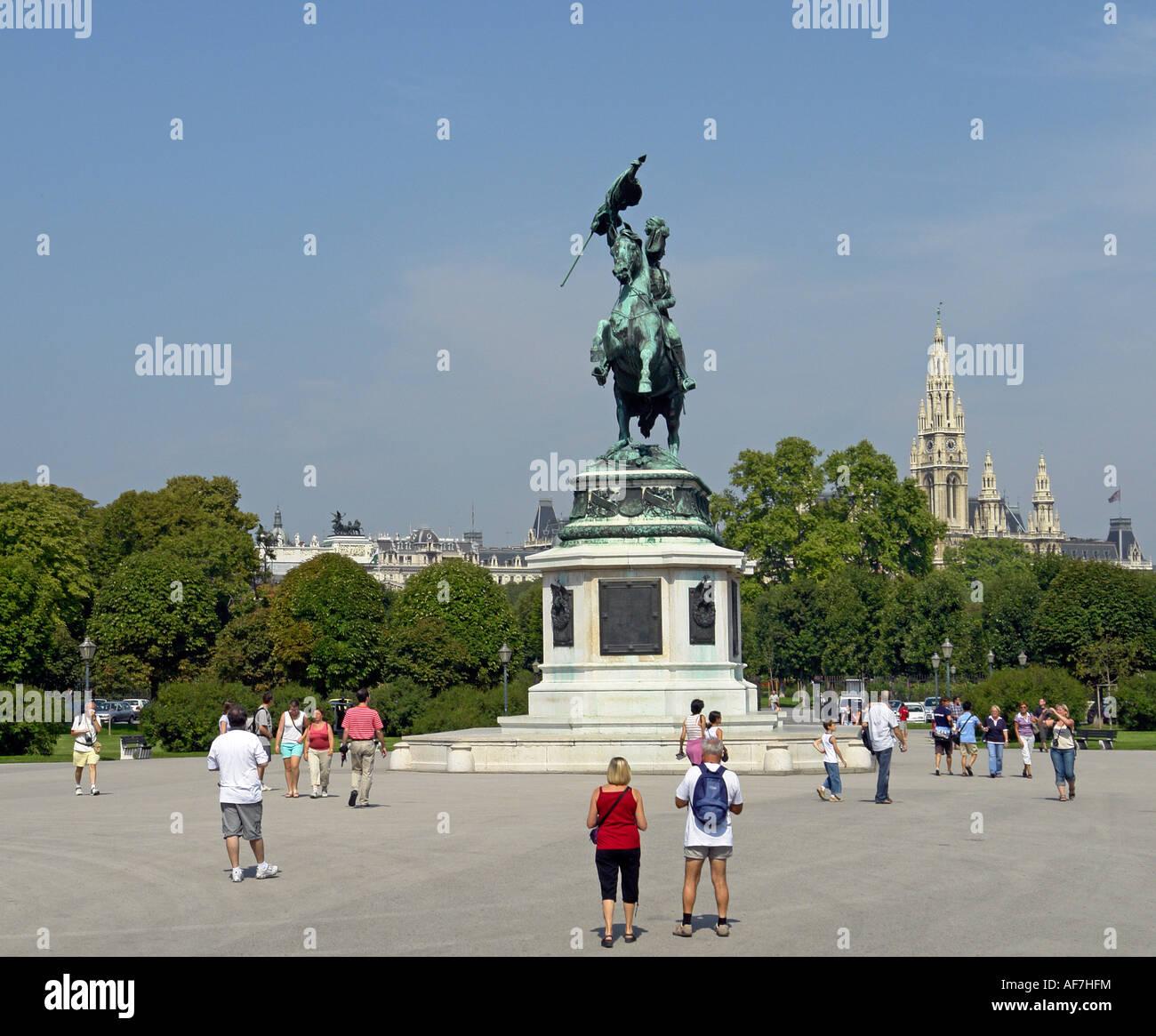 The impressive equestrian statue of Archduke Karl in Heldenplatz Hofburg Vienna centre Austria - Stock Image