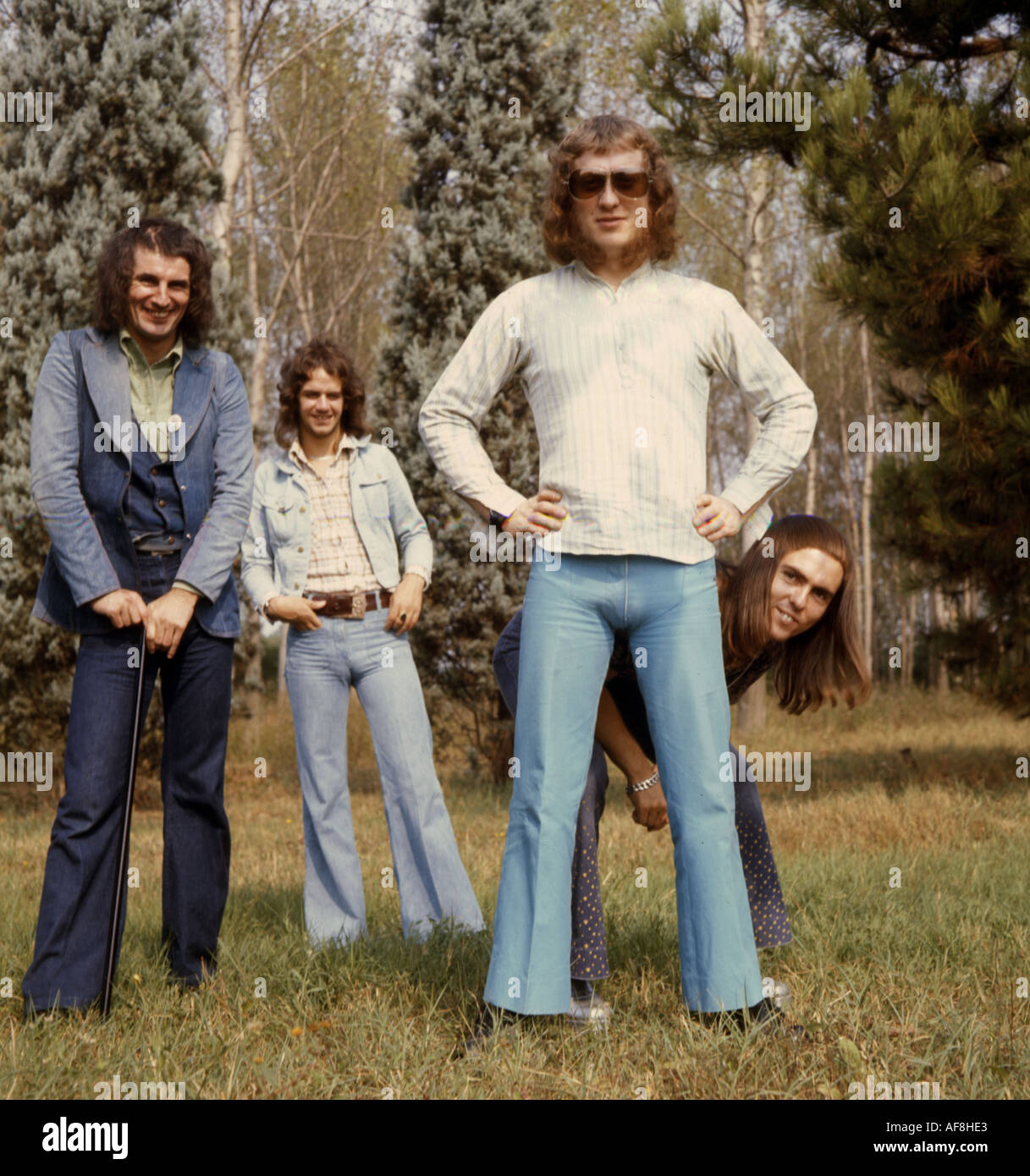 SLADE UK Glam rock group with Noddy Holder in white sweater - Stock Image