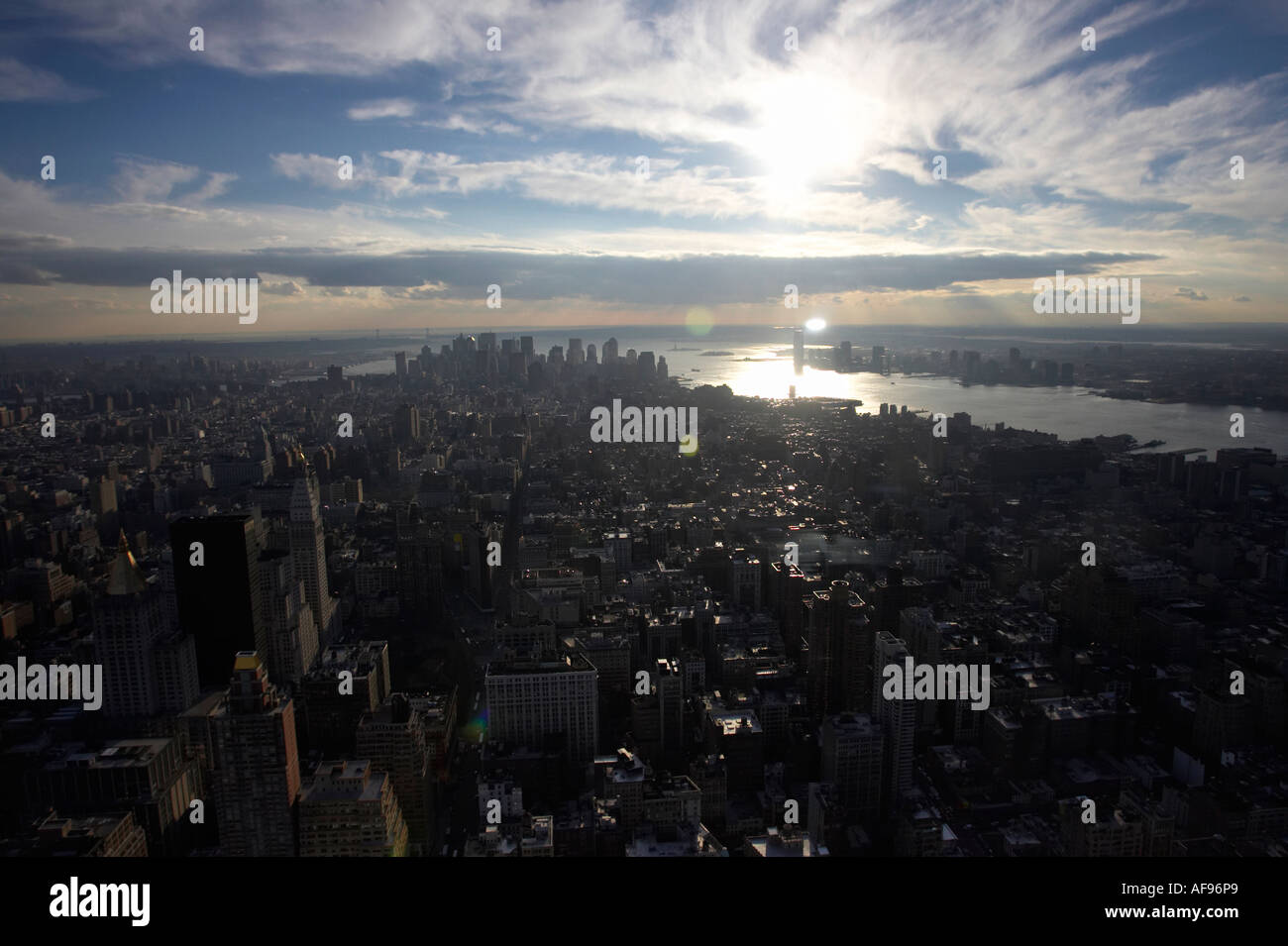 spectacular view from observation deck 86th floor near the top of the empire state building looking towards southern manhattan - Stock Image