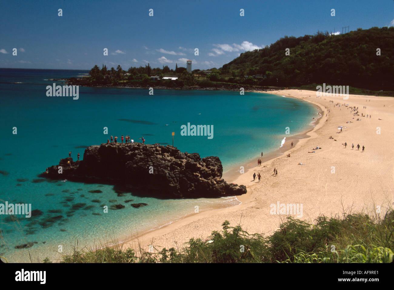 Hawaii Hawaiian Islands Oahu North Shore Waimea Bay Beach Park Sandy Lava Cliffs
