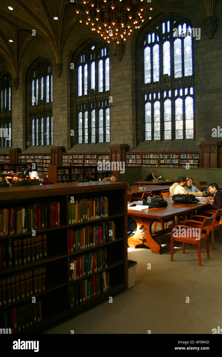 Interior view of the Harper Library on the University of Chicago campus - Stock Image