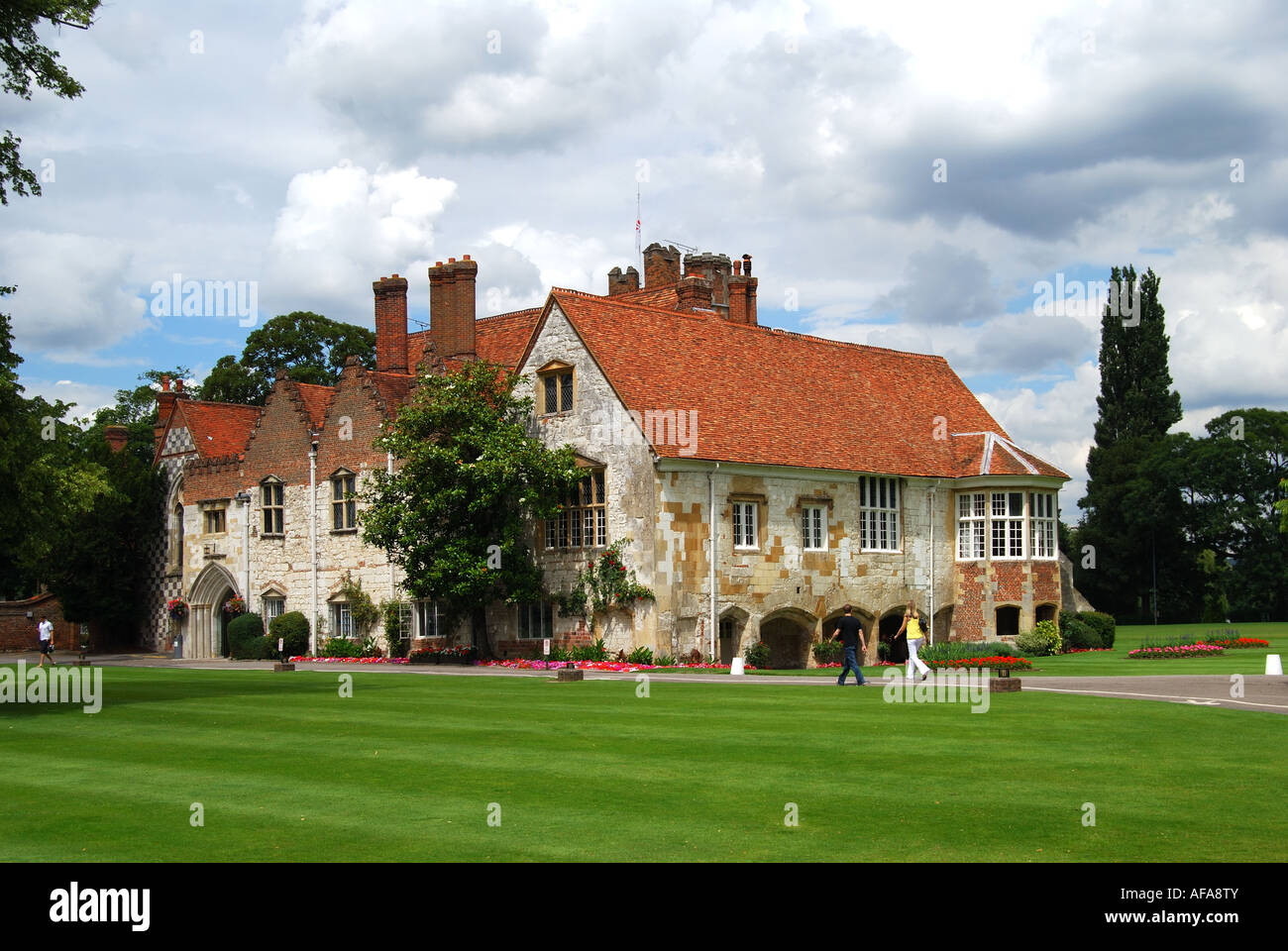 Bisham Manor High Resolution Stock Photography And Images Alamy