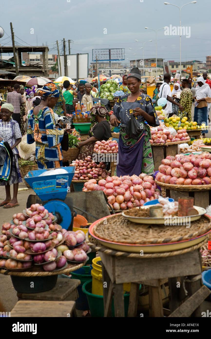 Nigeria Lagos People at marketplace - Stock Image