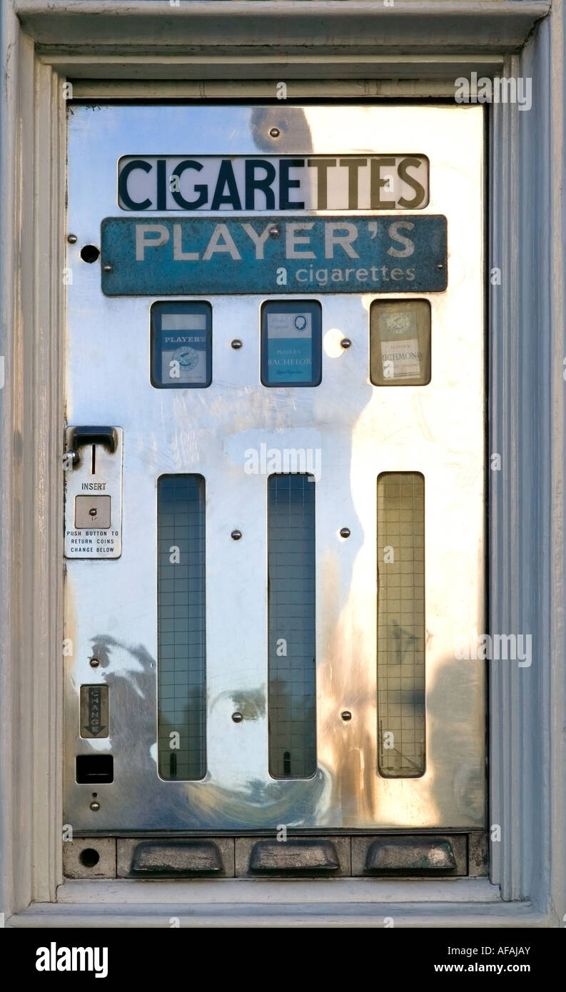 Very rare old cigarette vending machine - Stock Image