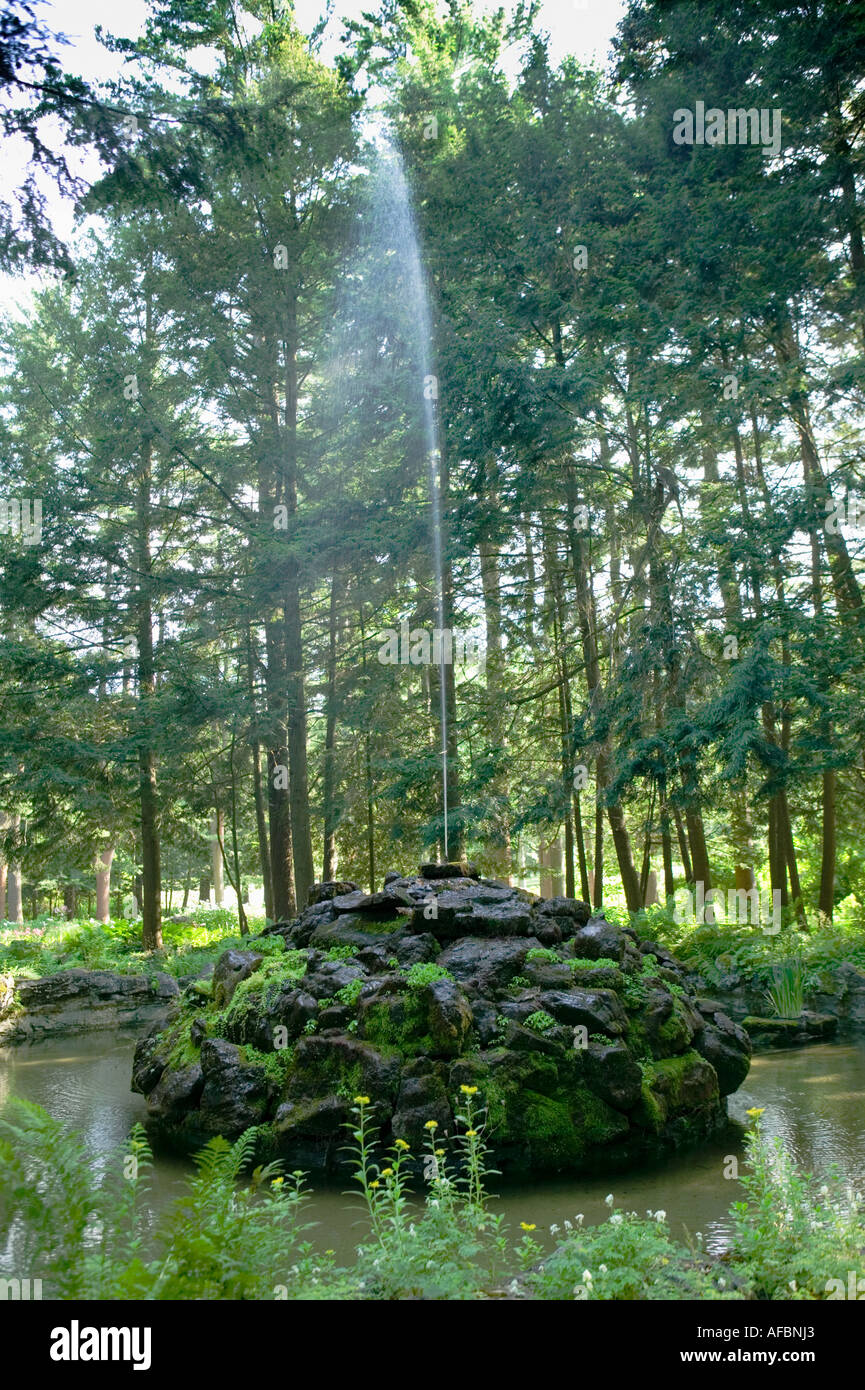 Fountain at Yaddo Gardens Saratoga Springs New York - Stock Image