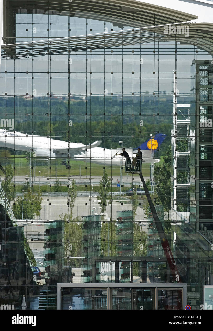 Illustration Travel: Travelers arriving and leaving at Munich Airport Stock Photo