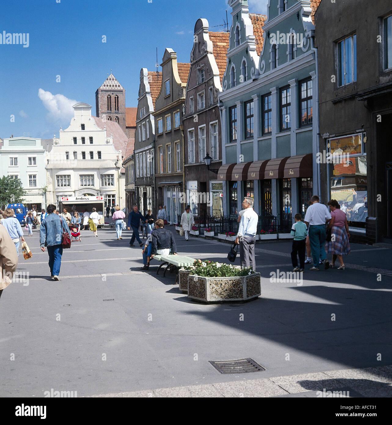 Geo., BRD, Mecklenburg Vorpommern, Wismar, Fußgängerzone, Altstadt, Fußgänger, Straßenszene, Straße, Häuser, Unesco, Stock Photo