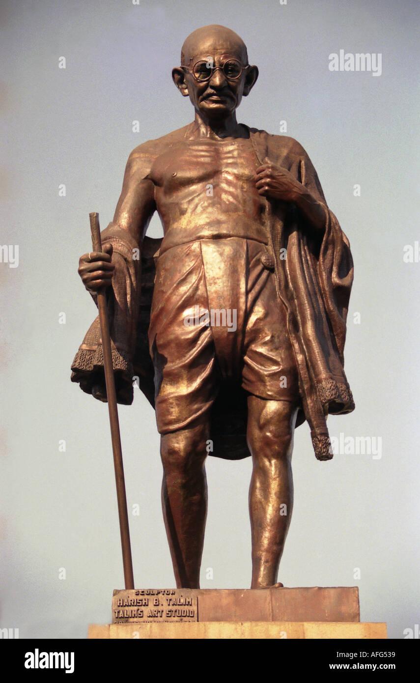 a staue of Gandhi in Indias Capital Mumbai - Stock Image