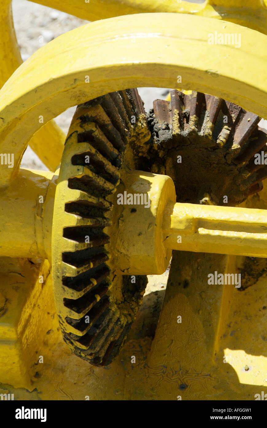 Gears, team, teamwork, cogs, cog, teeth, bevel, bevelled, machine, mesh, meshed, engineering, engineer, axle, turn, gear, wheel, - Stock Image