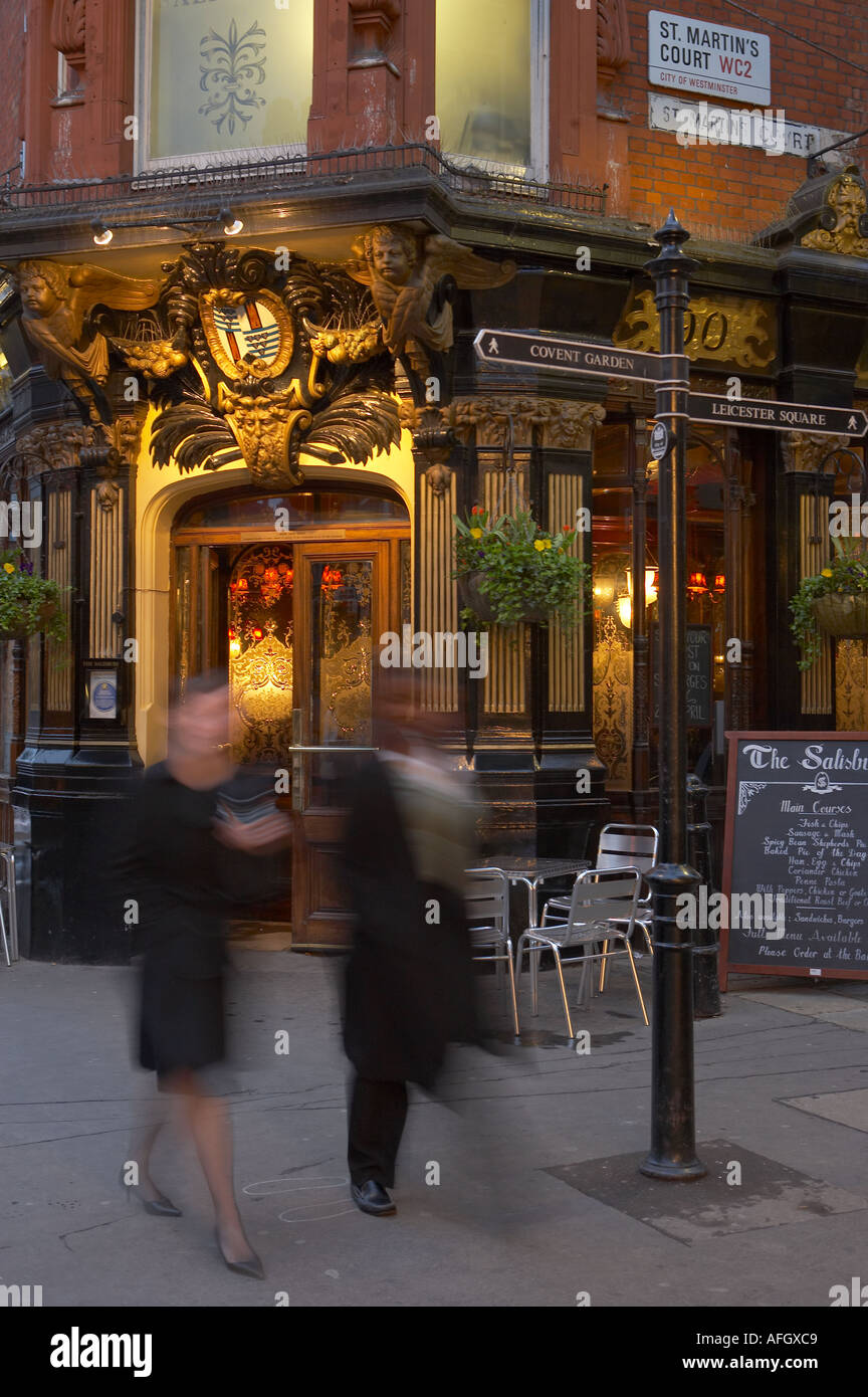 Traditional London pub nr Covent Garden the West End London UK Stock ...
