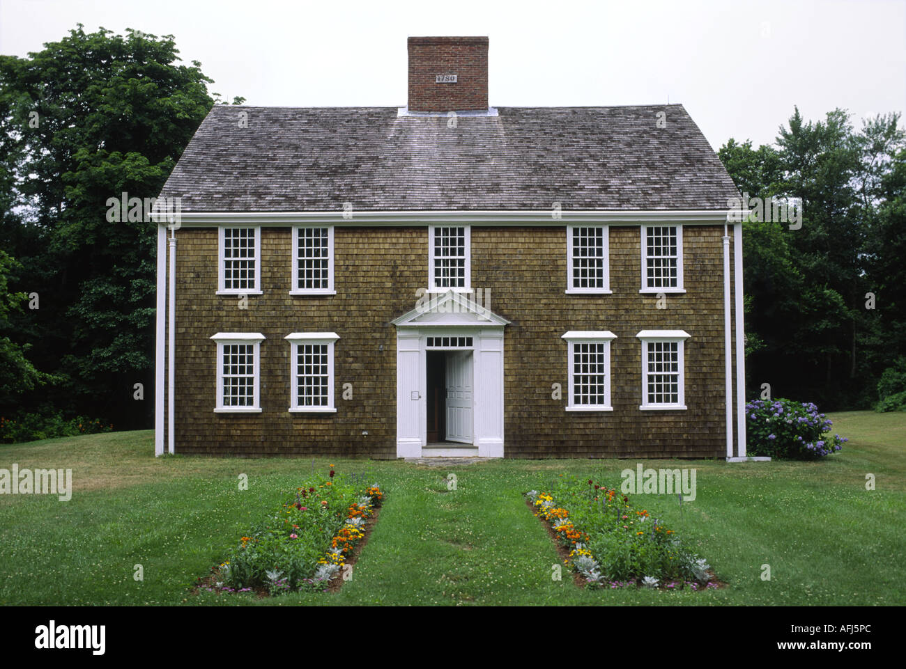 Enjoyable The Winslow Crocker Historic House In Town Of Yarmouth Cape Download Free Architecture Designs Griteanizatbritishbridgeorg