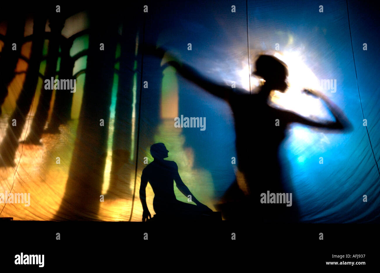 Eerie Orpheus production showing Orpheus and Euridice enacting the ancient story - Stock Image