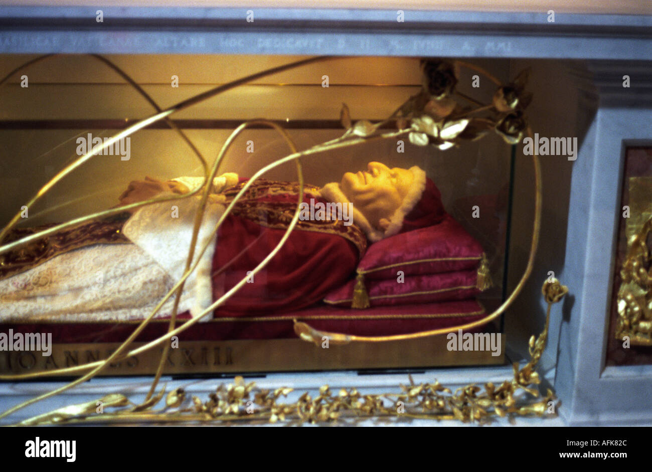 Preserved body of Pope John 23rd in Saint Peter s Basilica in the Vatican in Rome - Stock Image