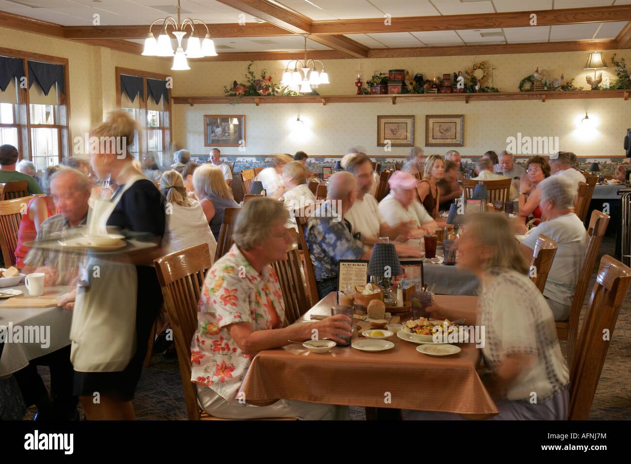 Indiana Shipshewana The Blue Gate Restaurant And Bakery Amish Dining