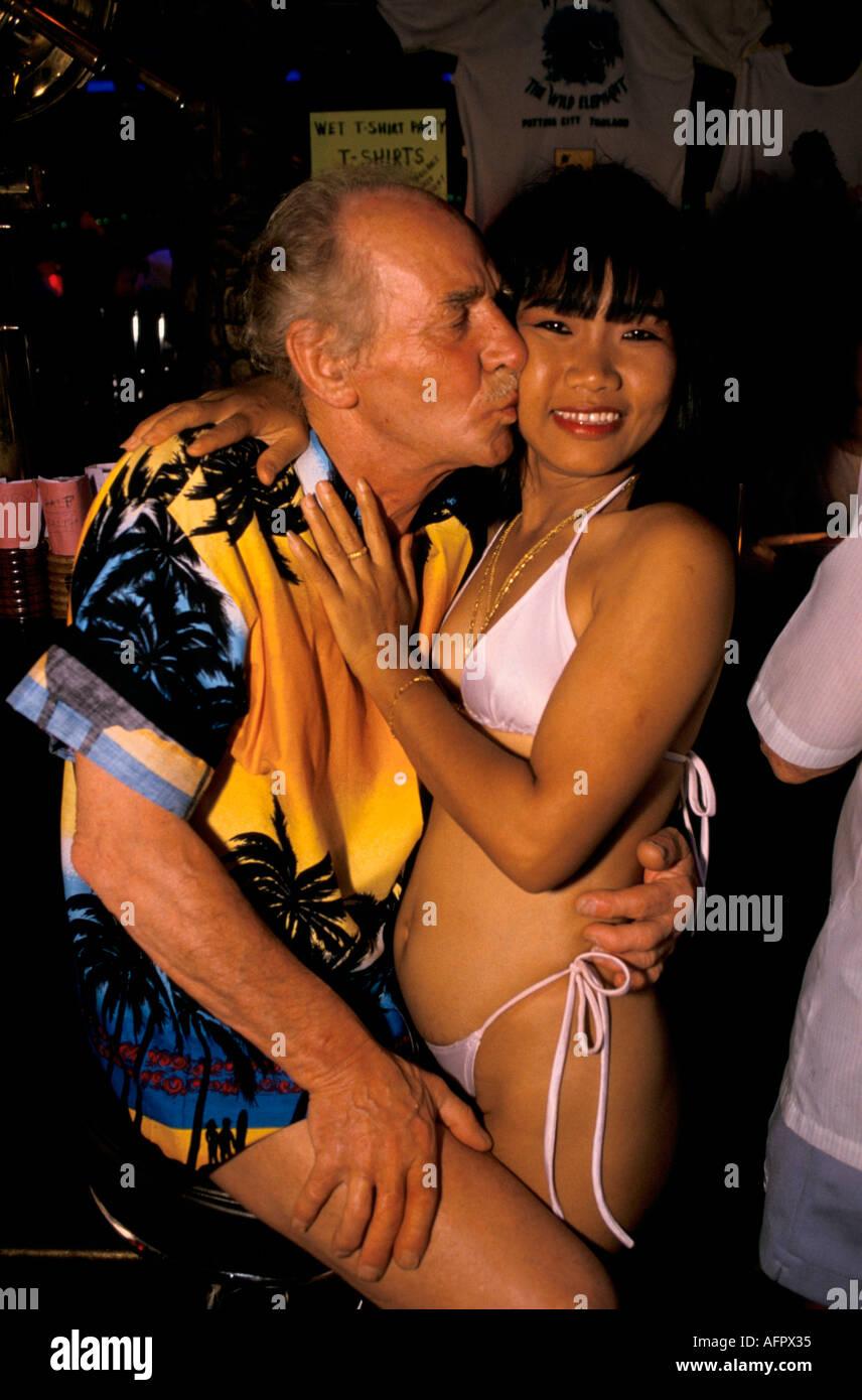 Young thai bar girl sex