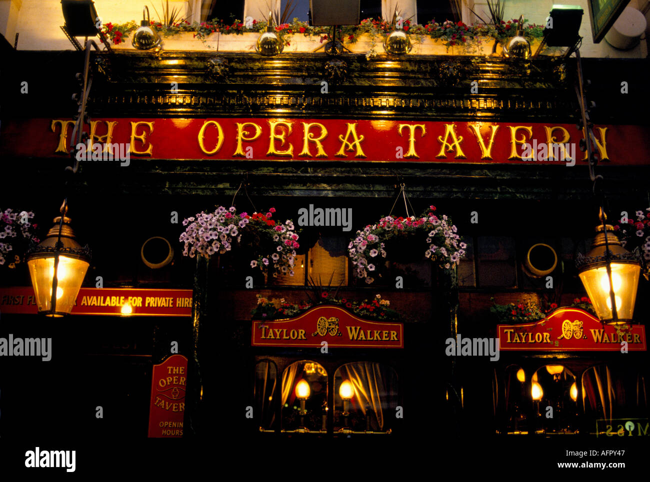 LONDON THEATRE LAND THE OPERA TAVERN PUB IN THE CENTER OF THEATRE LAND HOMER SYKES - Stock Image