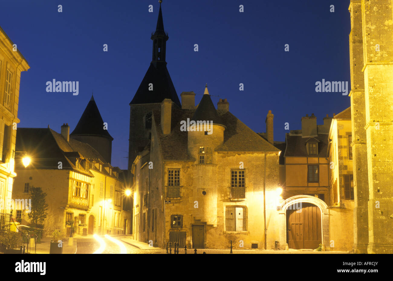 Avallon at night Burgundy France - Stock Image