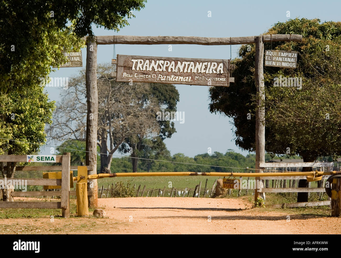 35430c359 Entrance to the Transpantaneira Northern Pantanal Mato Grosso Brazil -  Stock Image