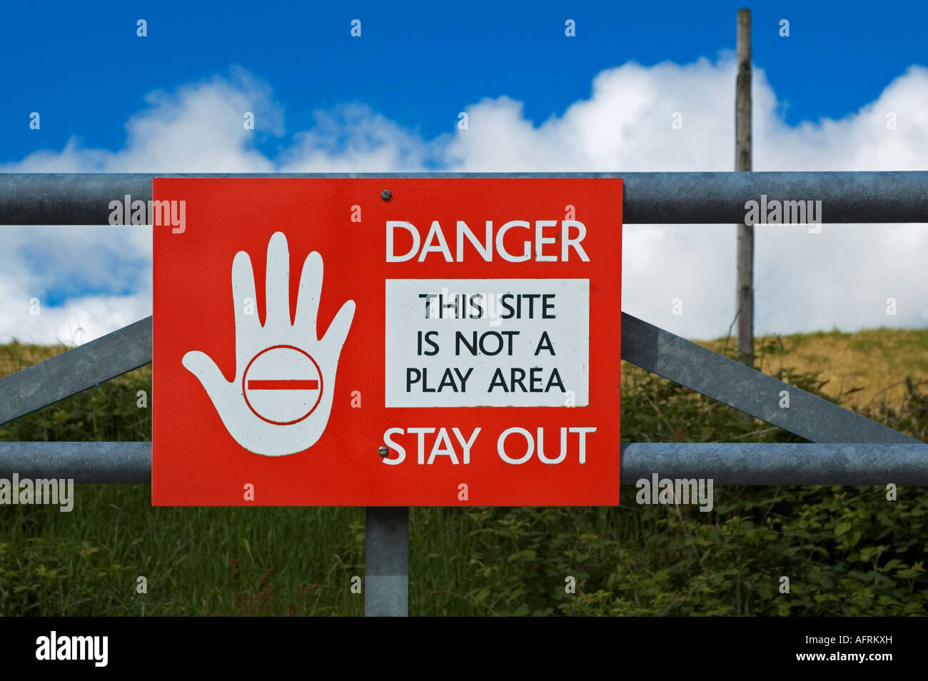 danger stay out sign - Stock Image