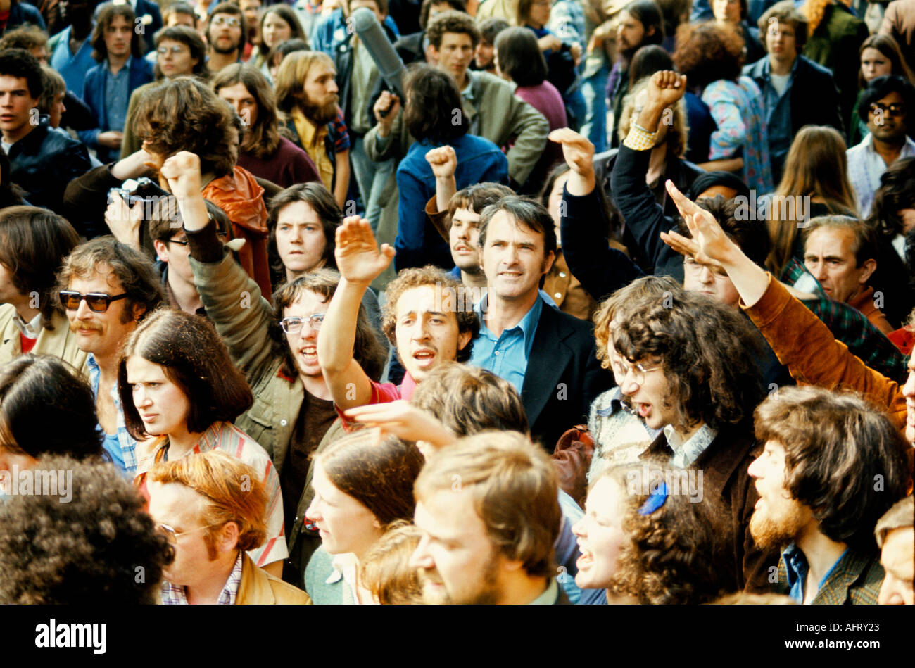 Grunwick industrial dispute and strike. Flying pickets support Asian women at the film processing factory strike 1977 1970s UK HOMER SYKES - Stock Image