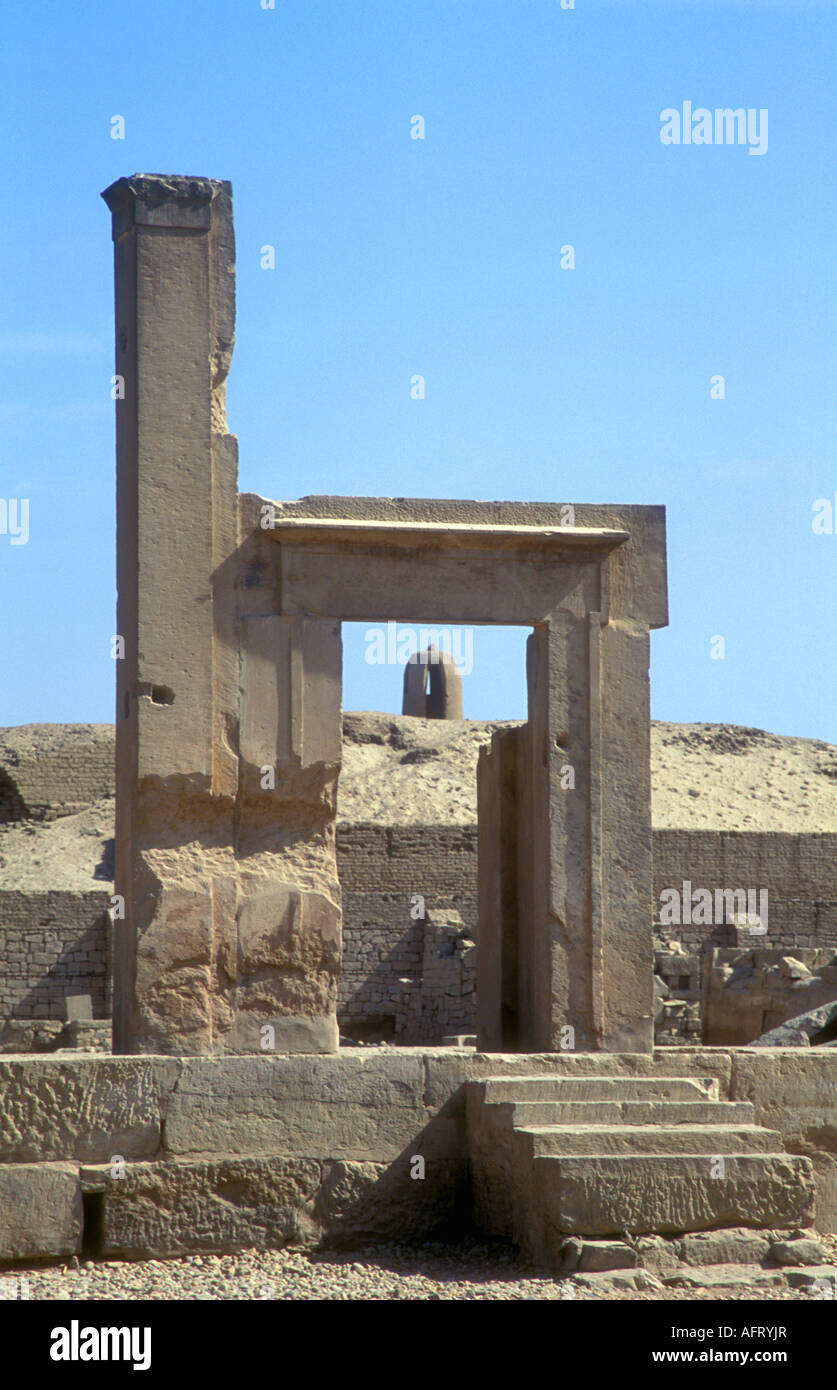 Doorframe and Mausoleum in Kom Ombo Temple - Stock Image