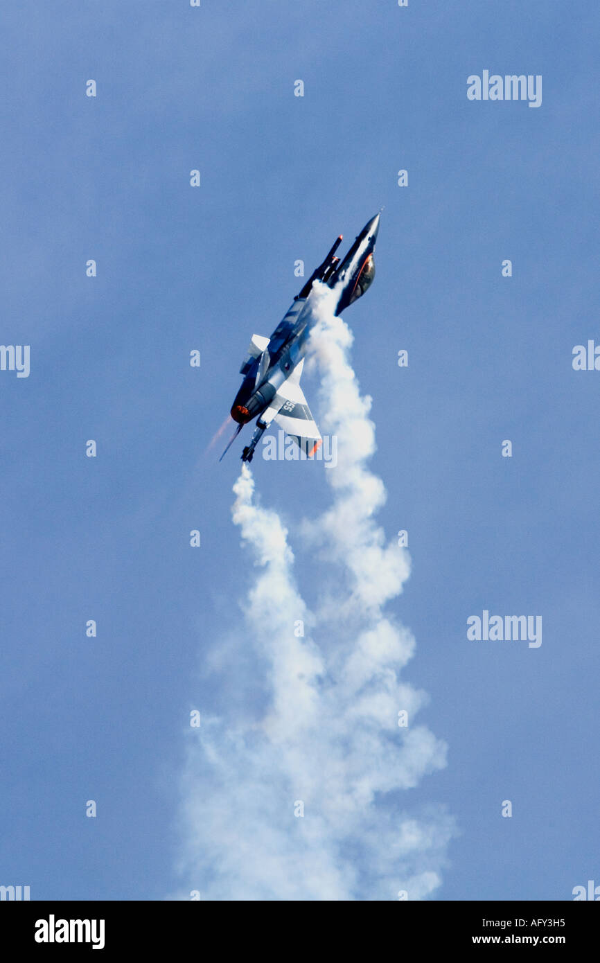 General Dynamics F-16AM Fighting Falcon Royal Netherlands Air Force Volkel Fairford Air Show 2006 - Stock Image