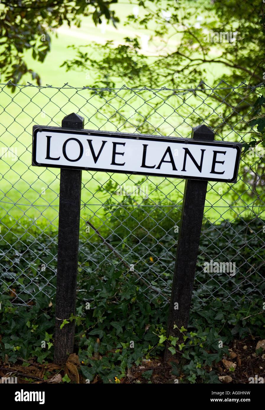 Road sign 'Love lane' - Stock Image
