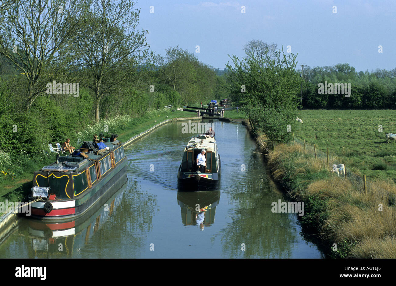 The Oxford Canal at Varney`s Lock, near Cropredy, Oxfordshire, England, UK - Stock Image