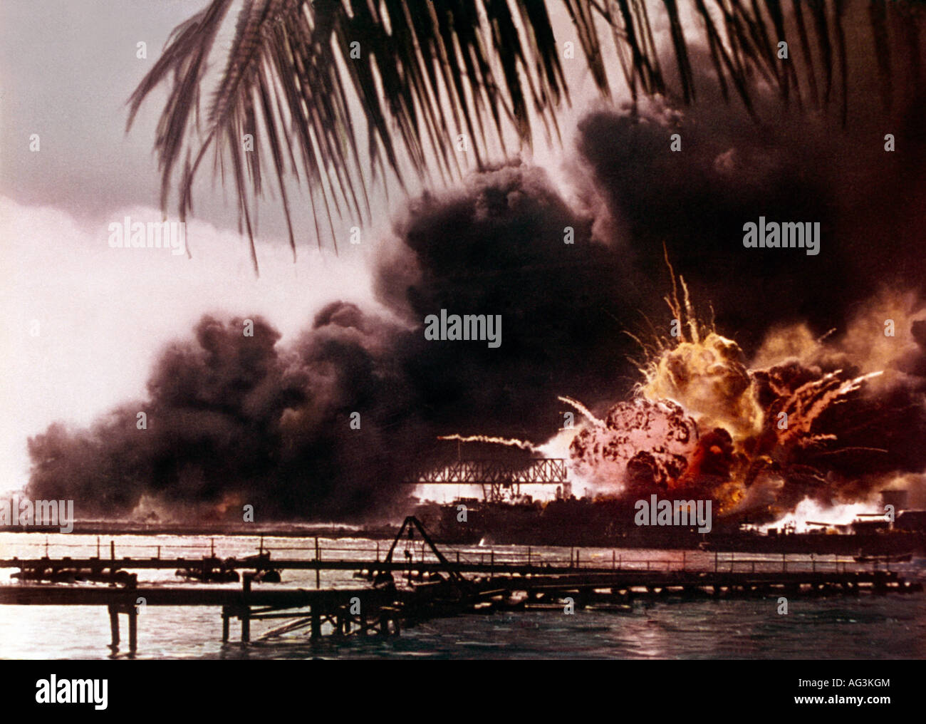 Pearl Harbour Usa Explosion Of The USS Shaw - Stock Image