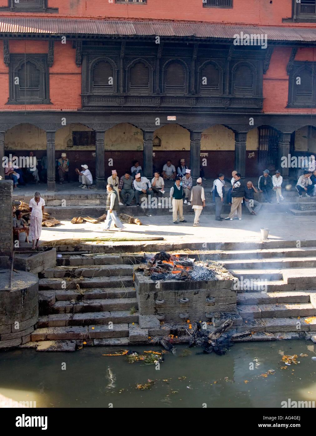 Cremation at Pashpatinath, Kathmandu, Nepal - Stock Image